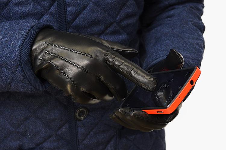 スマートフォン対応の手袋