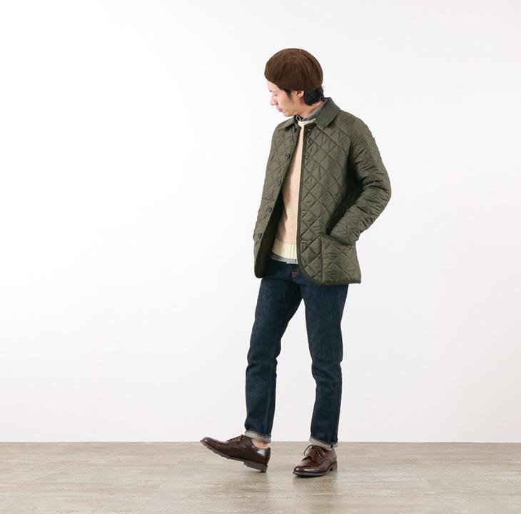 ROCOCO(ロココ) キルティング ジャケットを着る足立